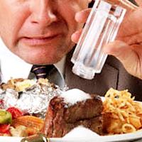 Питание с высоким содержанием соли может истощить кальций в организме