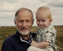Отцовский возраст: как это влияет на ребенка?