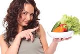 Избавиться от мигрени поможет диета