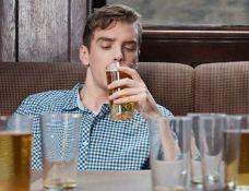 Упражнения помогают восстановить повреждения мозга, вызванные алкоголем