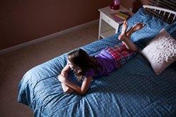 ТВ в спальне ребенка связано с увеличением веса