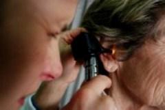 Возрастная потеря слуха связана с более быстрым уменьшением объема мозга