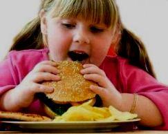 Дети, проживающие рядом с фаст-фудом, более склонны к полноте