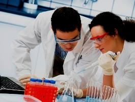 Клинические исследования свидетельствуют, что примерно около половины новых методов лечения лучше, чем уже существующие