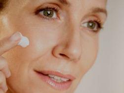 Здоровый образ жизни продлевает молодость кожи женщин больше чем на 10 лет