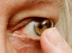 Контактные линзы, выпускающие препараты непосредственно в глаза, дают новую надежду людям с глаукомой