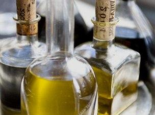 Оливковое масло помогает поддерживать крепость костей