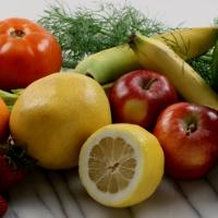 Пациентам с хронической болезнью почек следует употреблять овощи и фрукты