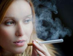 E-курильщики вдыхают больше никотина и токсинов, чем обычные курильщики