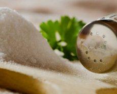 Питание с высоким содержанием соли при язвенной болезни увеличивает риск развития рака
