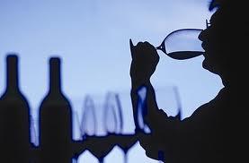 Психиатры призывают тех, кому за 65, пить меньше