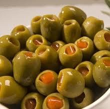 Фаршированные оливки могут помочь избавиться от изжоги