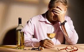 Все большее количество врачей, стоматологов, ветеринаров и юристов становятся алкоголиками